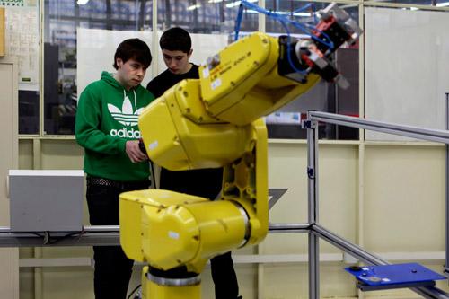 Arduinorekin Robotikaren hastapena